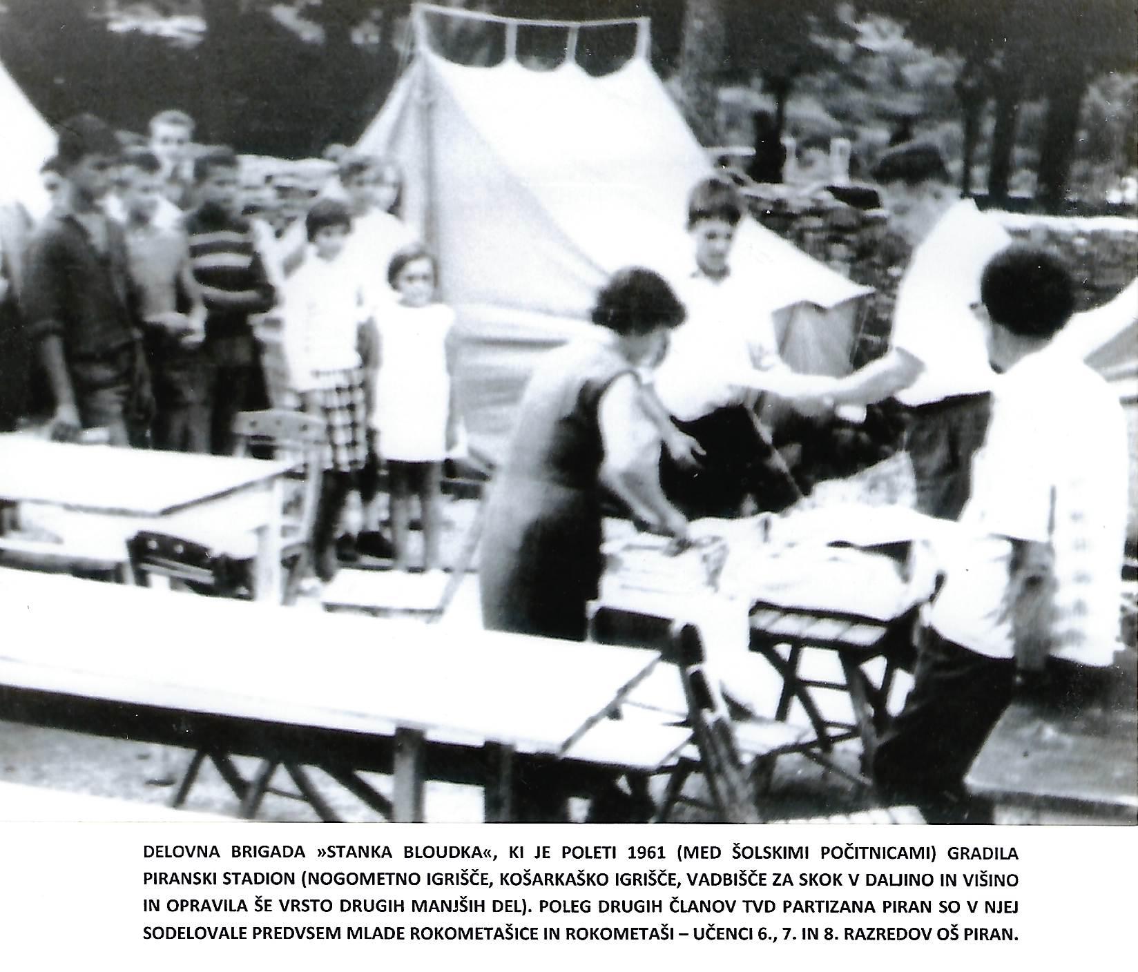 Piran-1961_delovna-brigada-stanka-bloudka_check-in